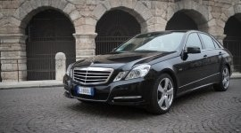 mercedes car hire with driver