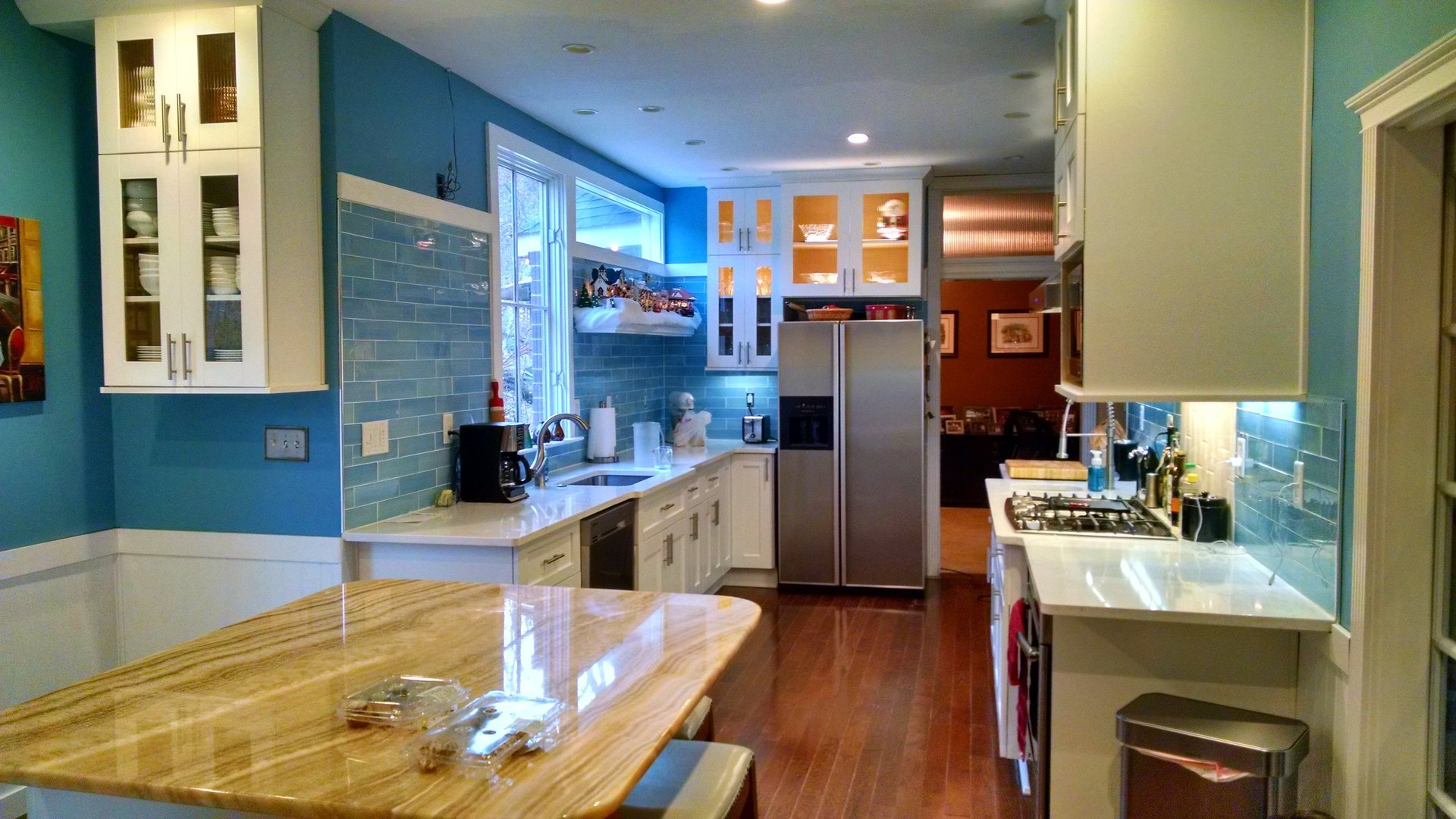 Kitchen Cabinets & Design