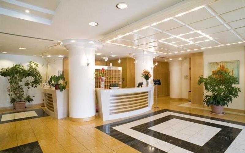 reception hotel Cristal