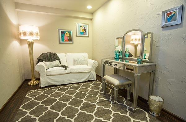 Tlaquepaque's Bridal Changing Room