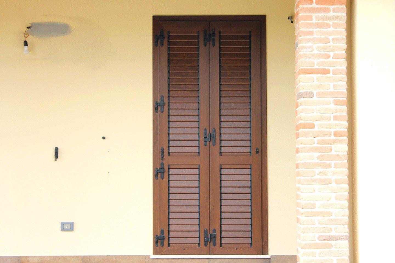 porta finestra chiusa