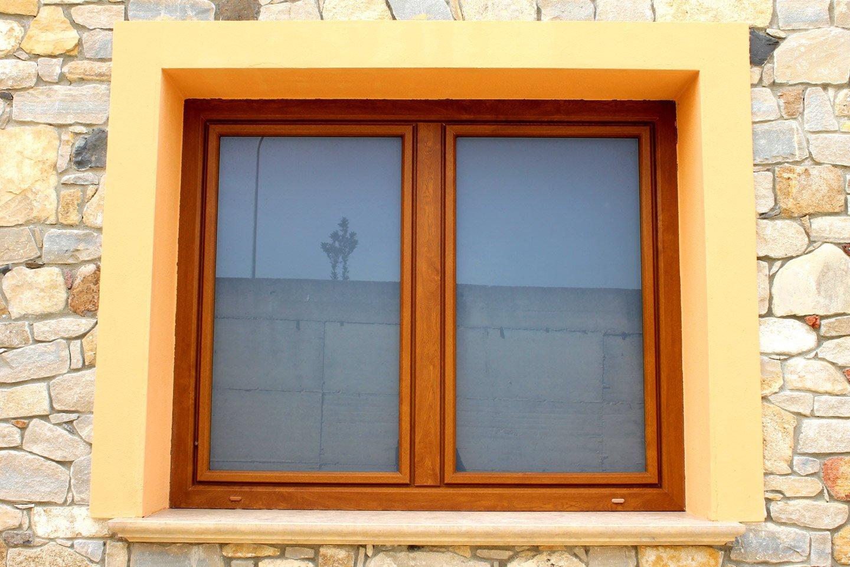 vista frontale di una finestra
