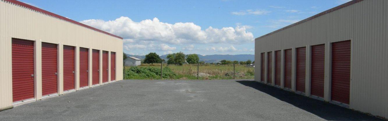 A general storage facility in Waitakaruru