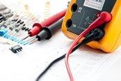 strumenti per riparazioni elettriche