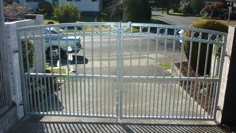 Newly installed gate, fabricated by expert