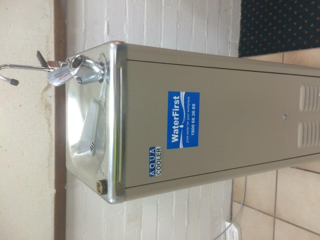 Water filter machine installed by professional