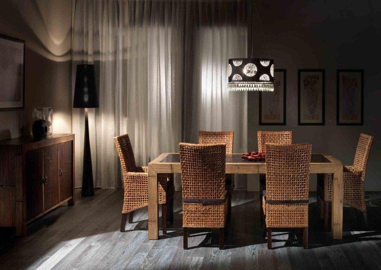 sedie in legno di acacia