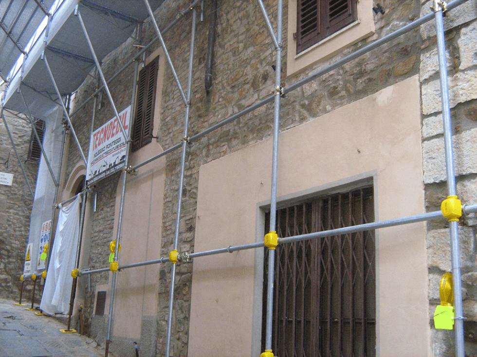grata metallica di recinzione