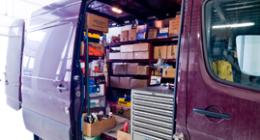 furgone con prodotti