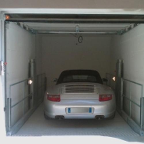 vista di una macchina durante elevazione
