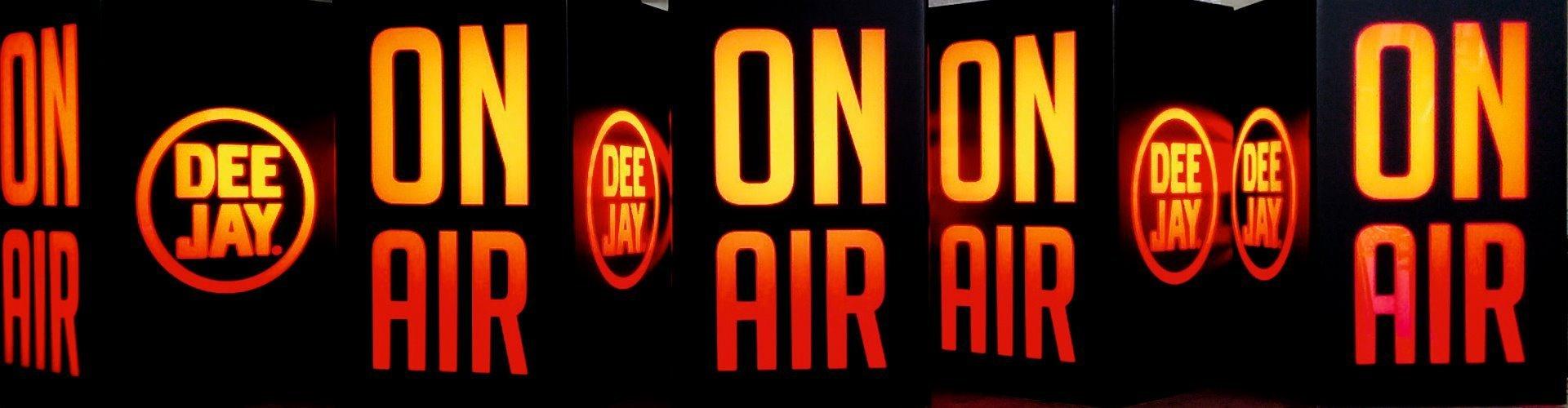 lampade radio deejay neon tisana