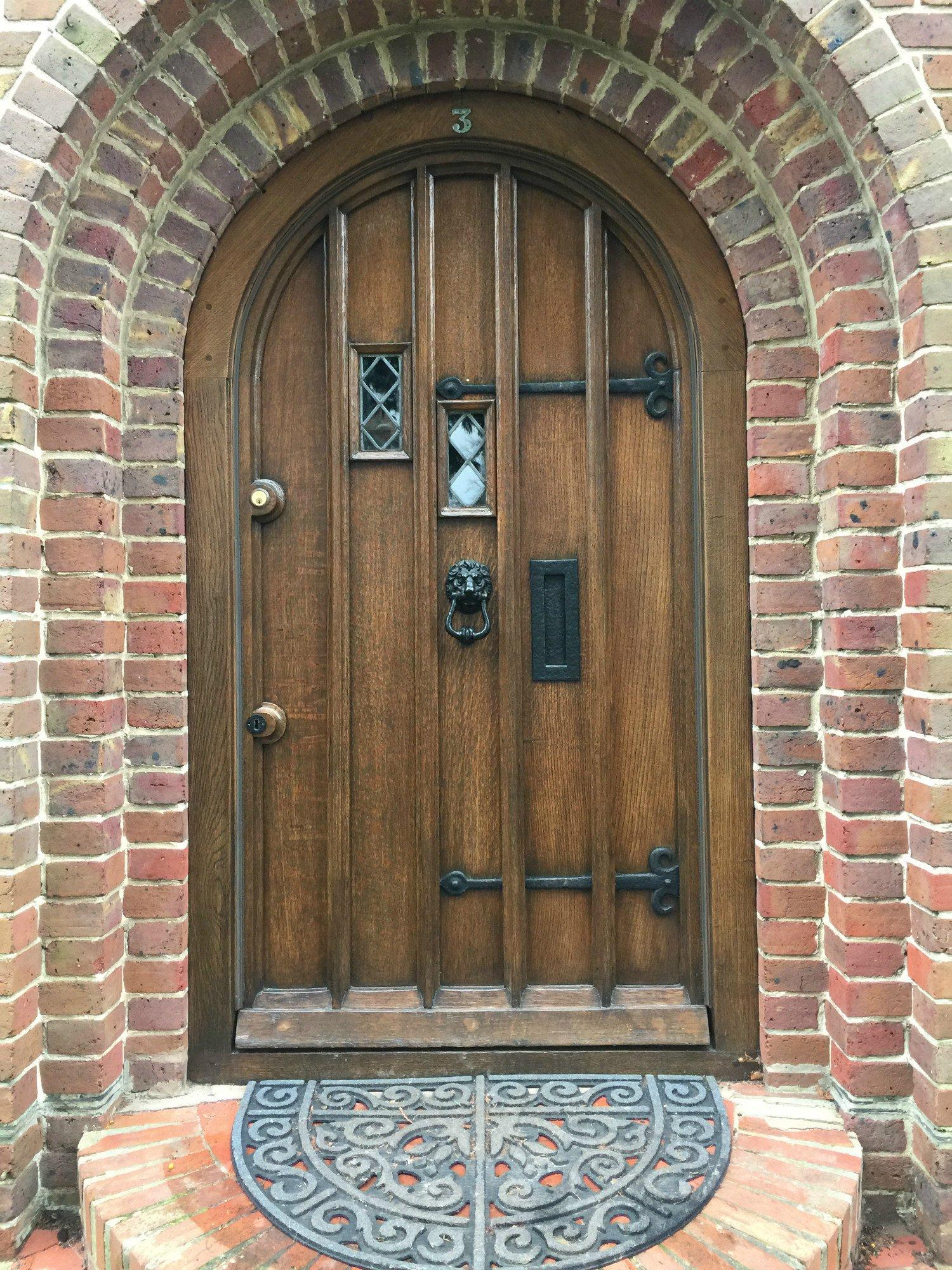 Delicieux Solid Oak Tudor Door Restored