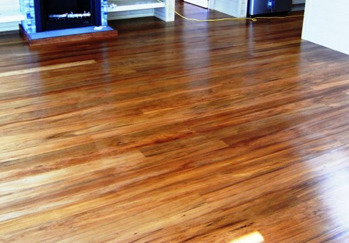 Wooden floor polishing service
