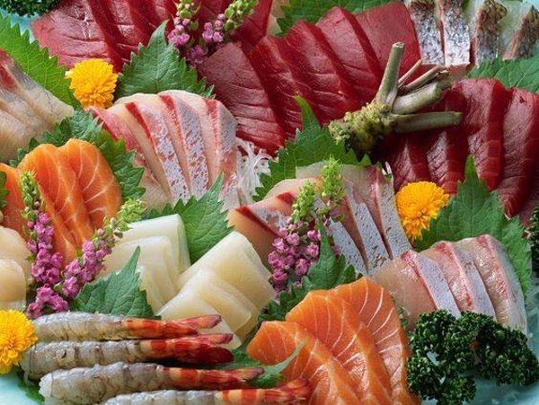 Misto con salmone e tonno al Ristorante Sushi Liu a Bologna