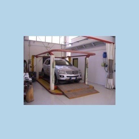 Mercedes in zona lavorazione