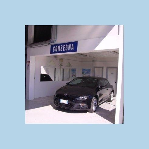 Consegna auto