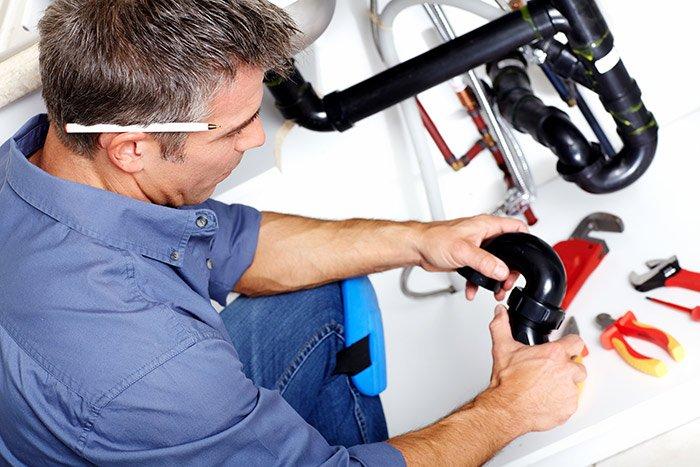 fixing-burst-pipes