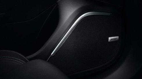 Nuova Renault MEGANE Berlina - Impianto con 9 altoparlanti