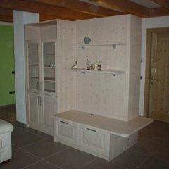 mobilio legno soggiorno