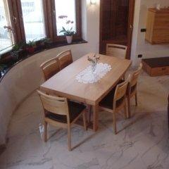 tavolo legno soggiorno