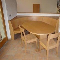 tavolo sedie legno