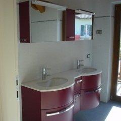 doppio lavabo specchi
