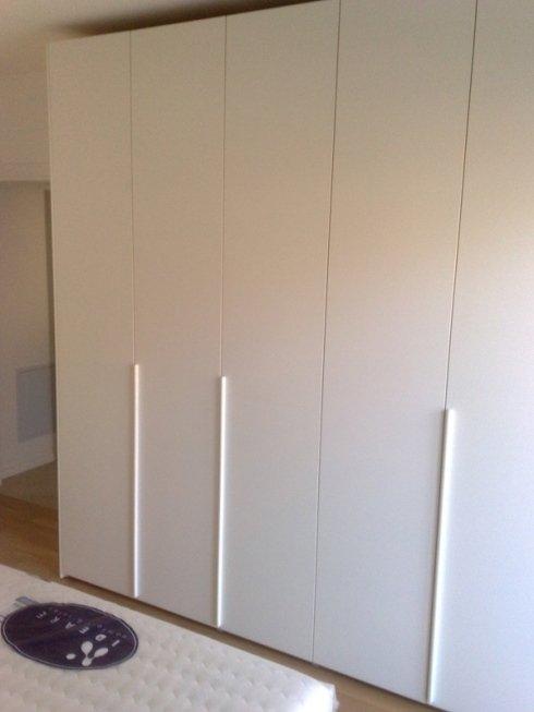 armadio bianco laccato