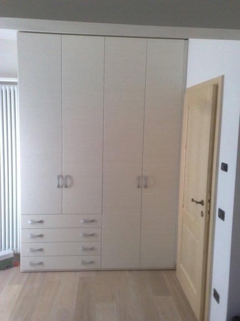 armadio cassettiera