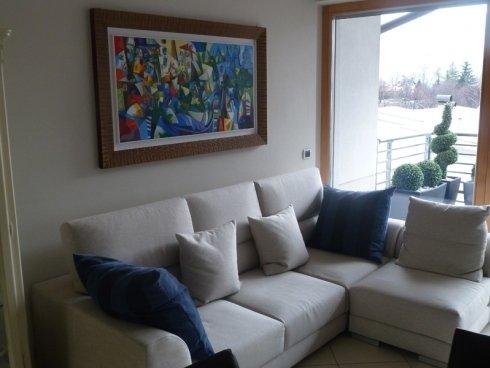divano stoffa grigio