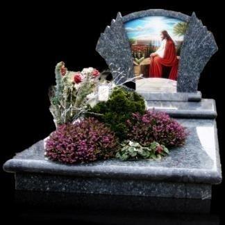 tomba granito