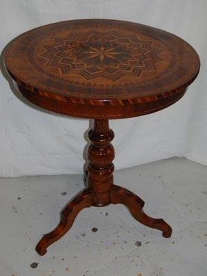 Tavolino restaurato