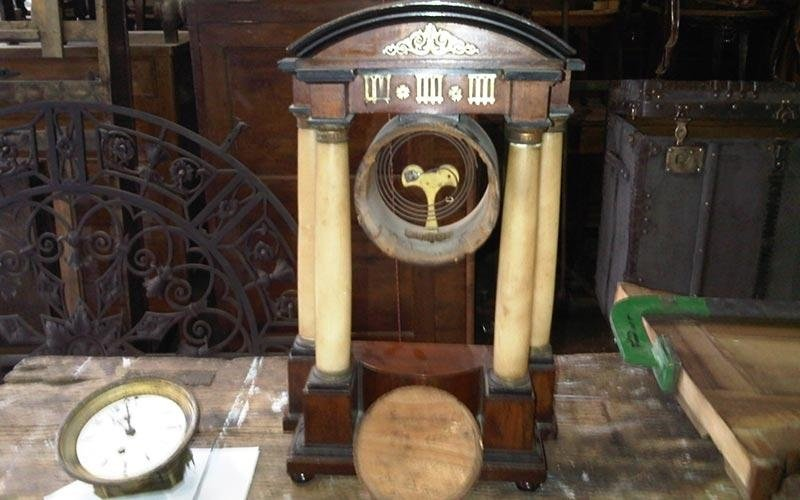 Riparazione orologi antichi