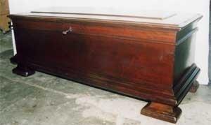 Cassapanca antica restaurata