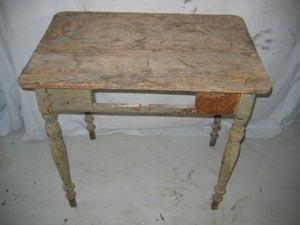 Restauro tavolino in legno