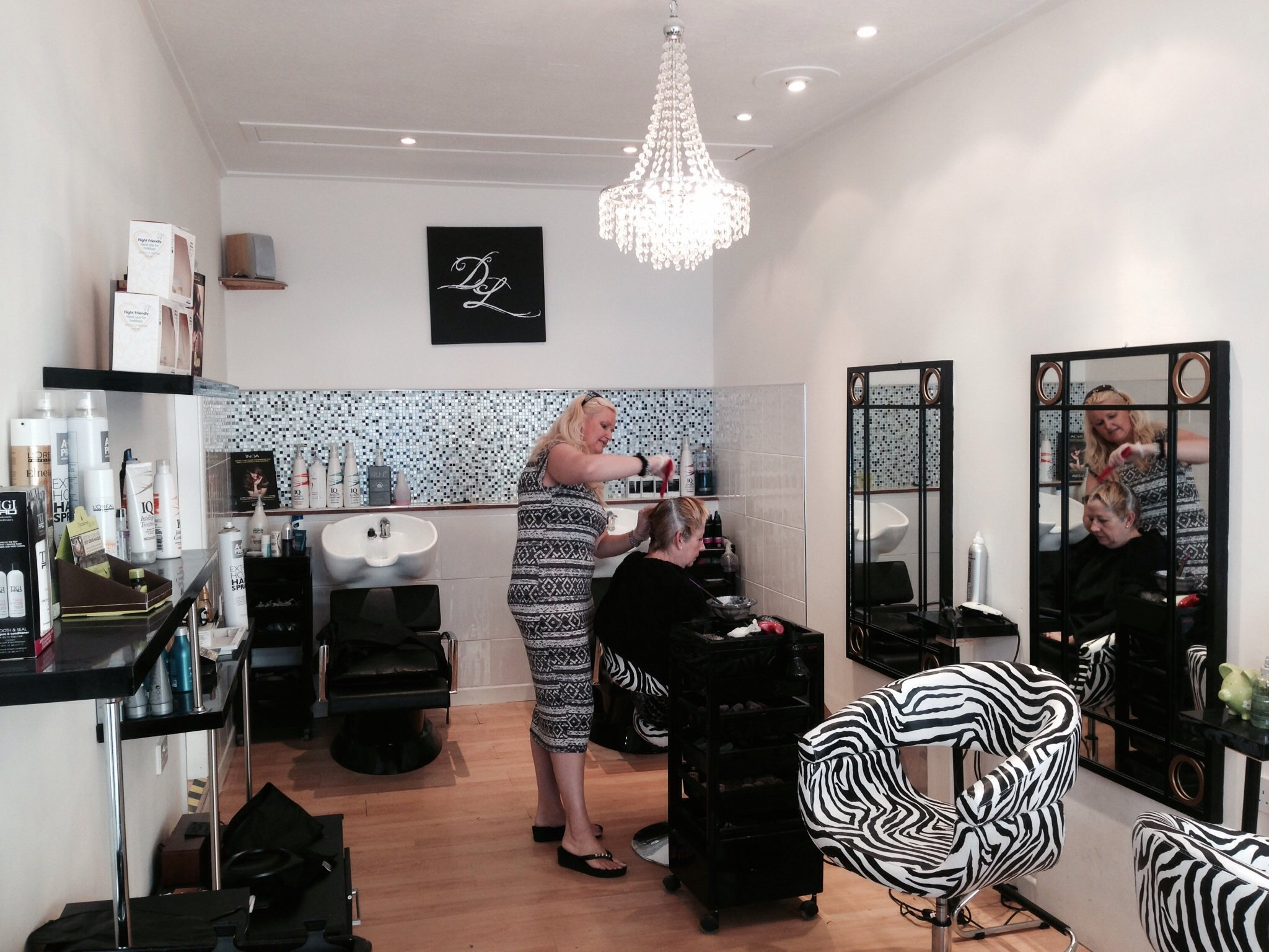 customers in the salon