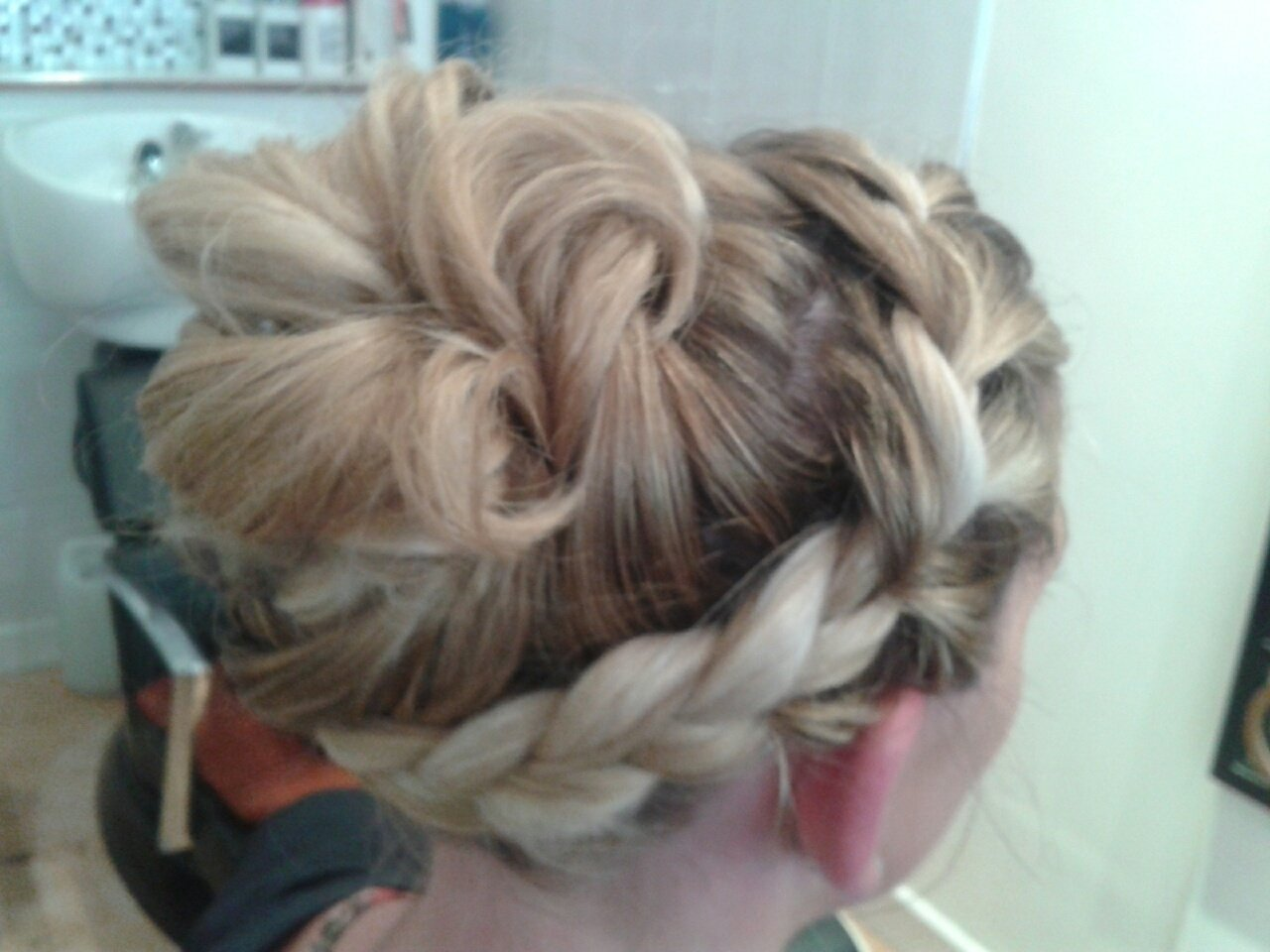 attractively customised hairstyle