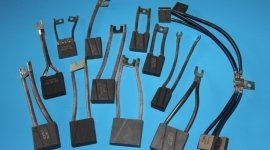 BRUSHES FOR FORK-LIFT TRUCKS