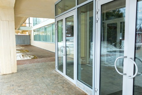 porte in vetro e alluminio