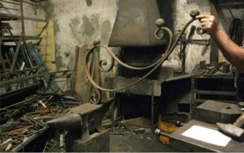 Realizzazione cancelli in ferro  battuto fabbro Sirola Rapallo