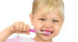 ortodonzia, spazzolino, cure dentistiche infantili