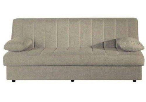 un divano beige in pelle