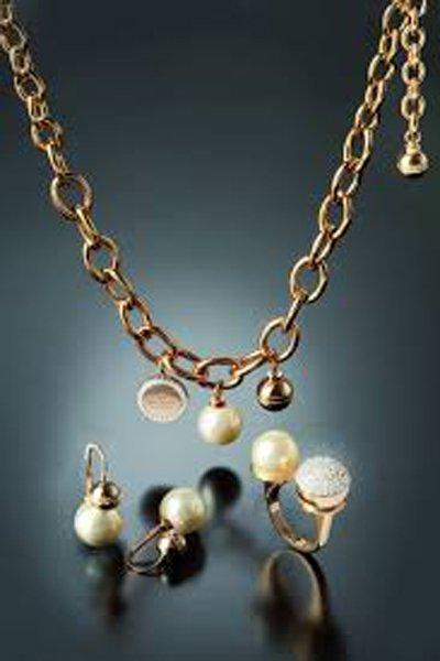 catena in oro con ciondoli da inserire