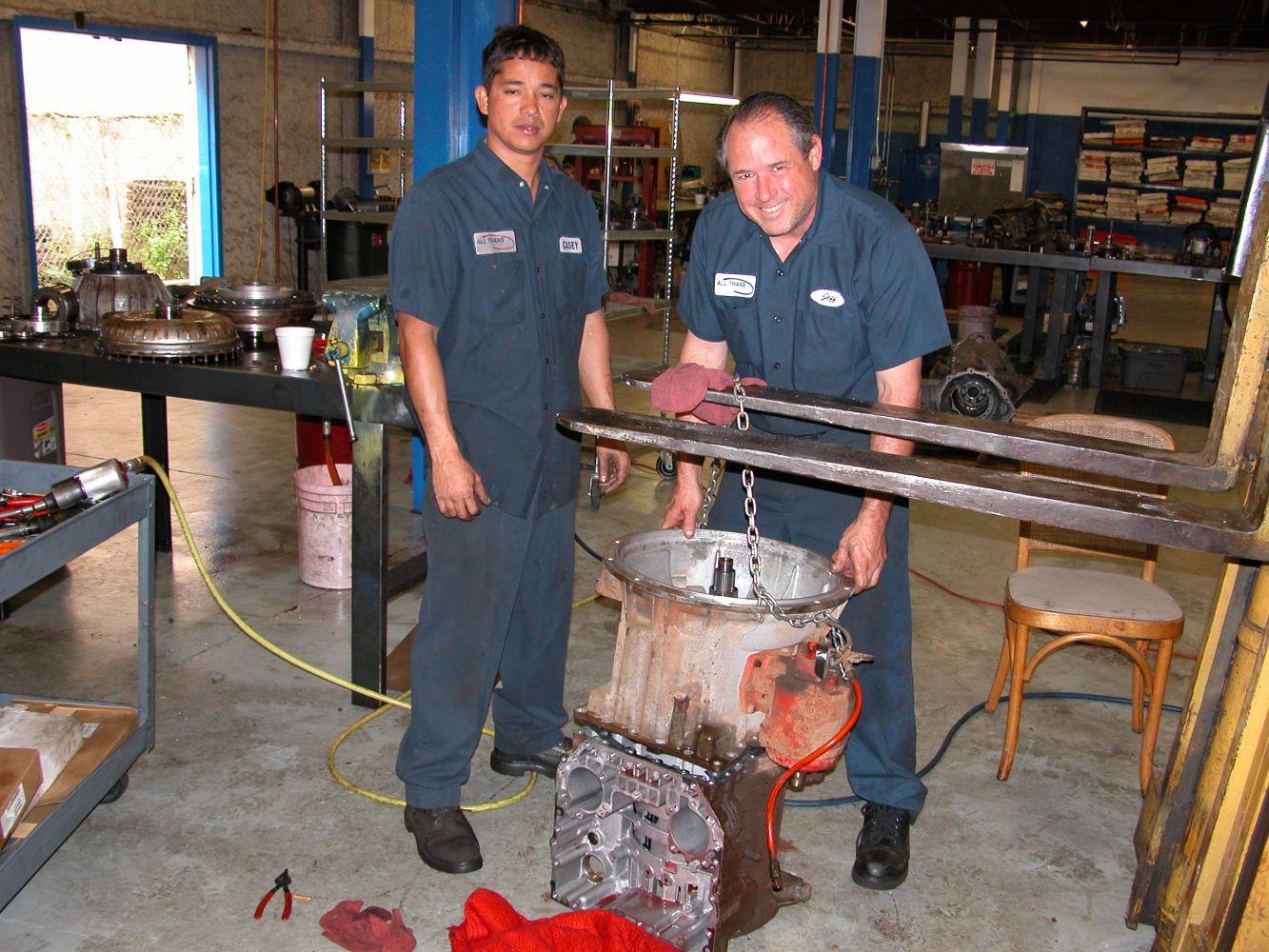 Certified mechanics working at our transmissions repair shop in Honolulu, HI