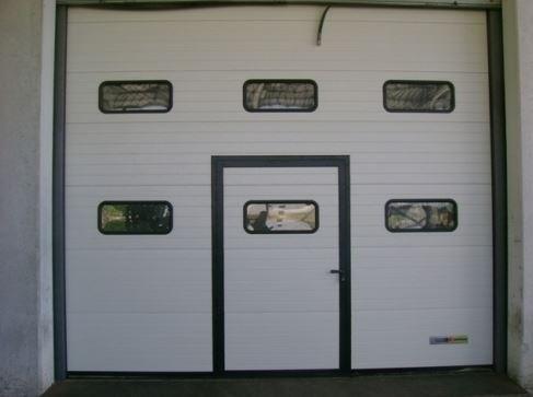 Porta sezionale capannone industriale Gierre Serramenti