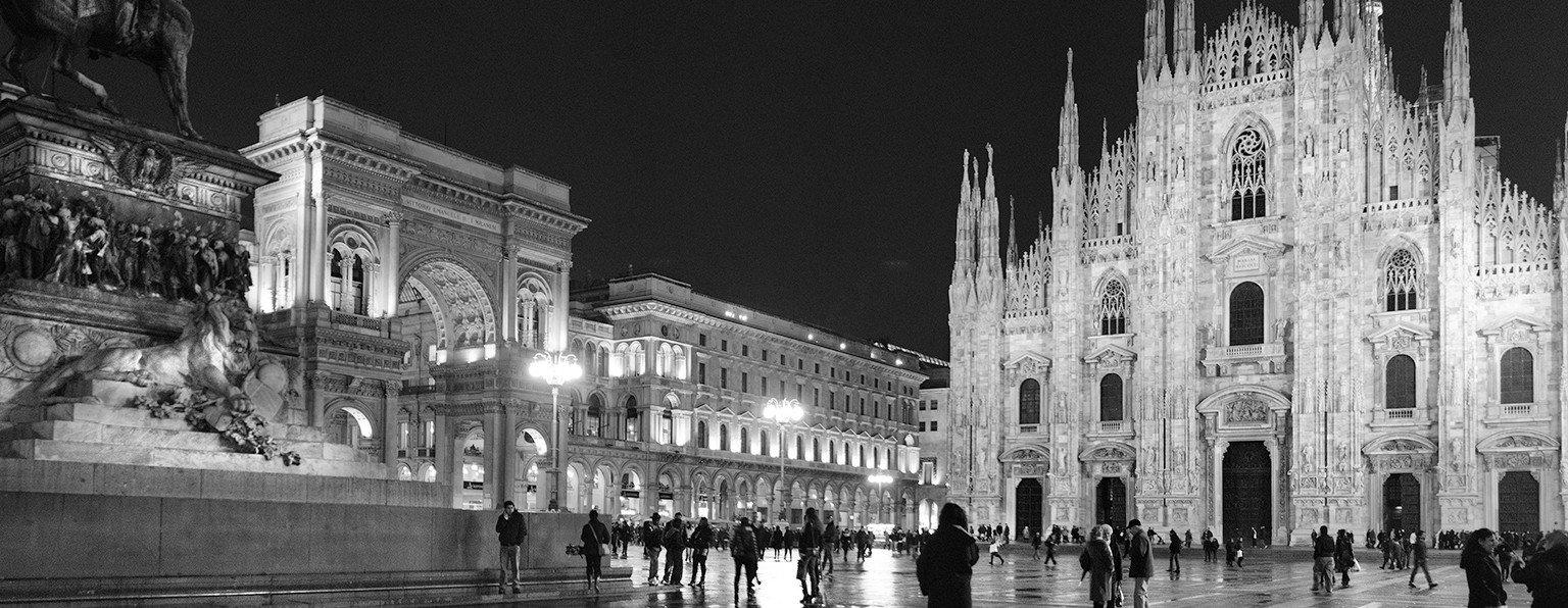 Il Duomo di Milano in bianco e nero