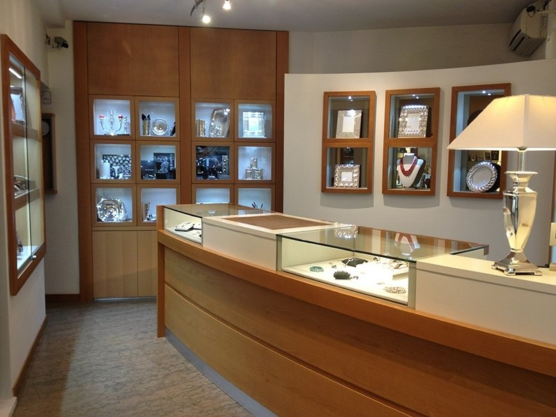 interno gioielleria Corradini