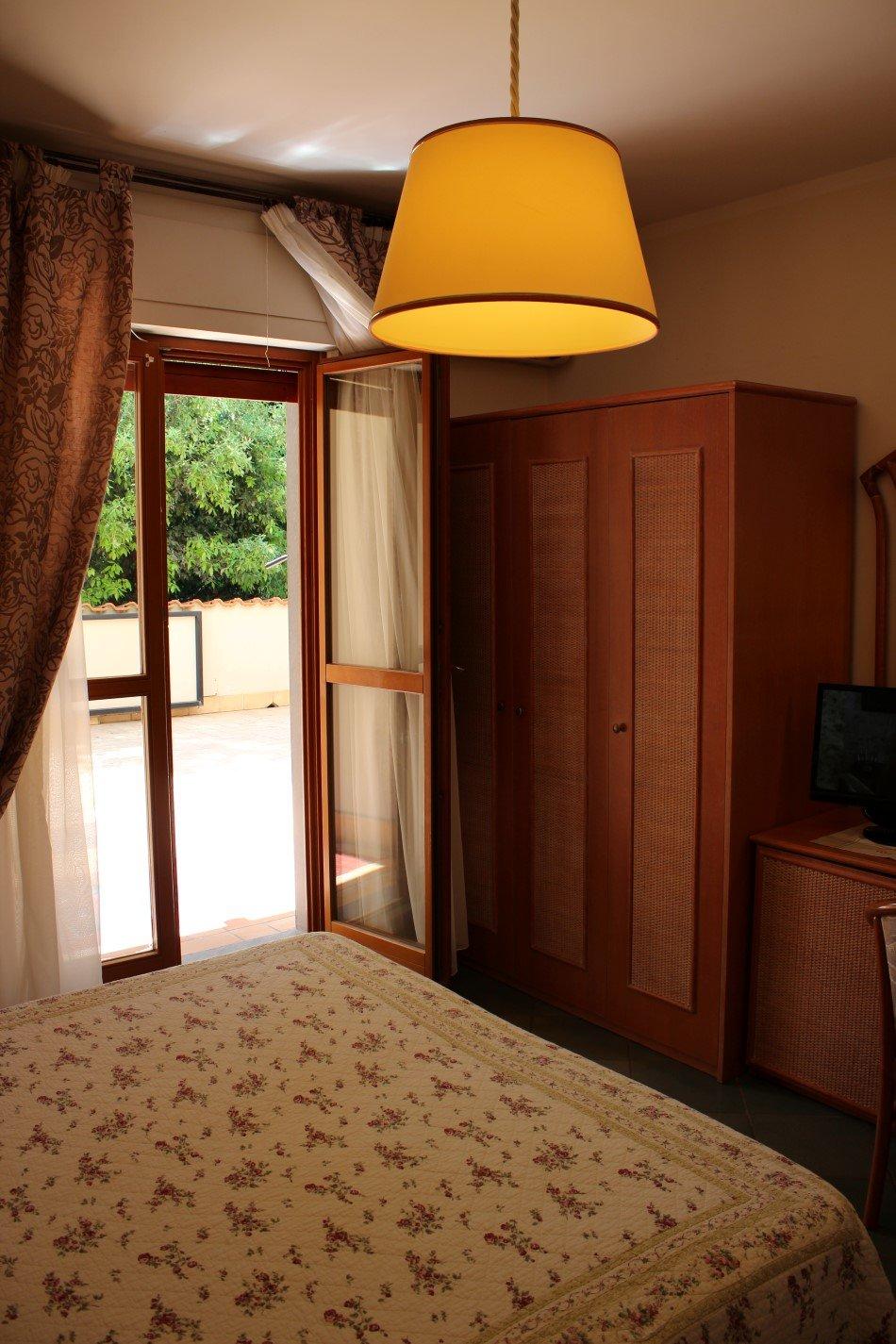 Interno camera da letto singola