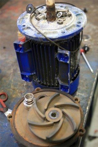 riparazione pompa