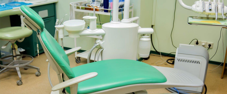 Interno dell'odontoiatria a Bari