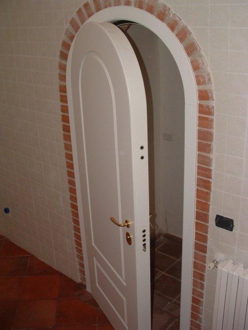 Porte blindate in legno bianco